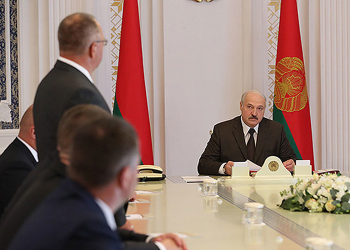 Лукашенко призвал уделять особое внимание развитию сельского хозяйства