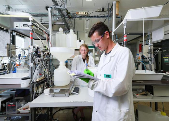 Швейцарские студенты будут создавать азотные удобрения из сточных вод