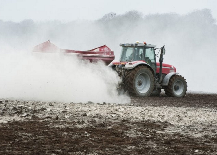 Минсельхоз планирует трехкратное увеличение площади работ по известкованию почв в 2019 году