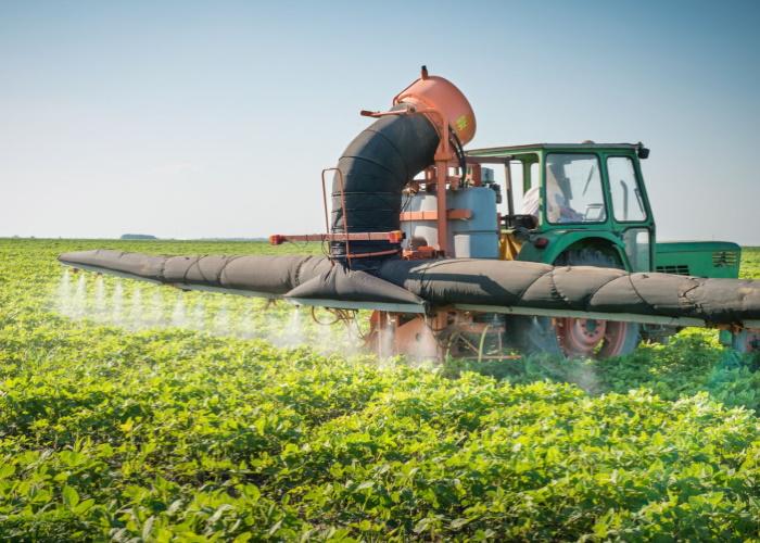 Роскачество предлагает расширить список запрещенных в России пестицидов