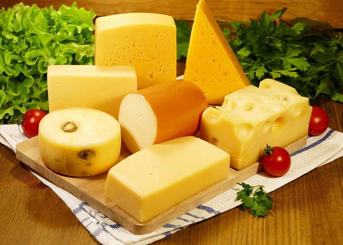 Минсельхоз Белоруссии планирует в 2020 году приблизить экспорт сыров к $1 млрд
