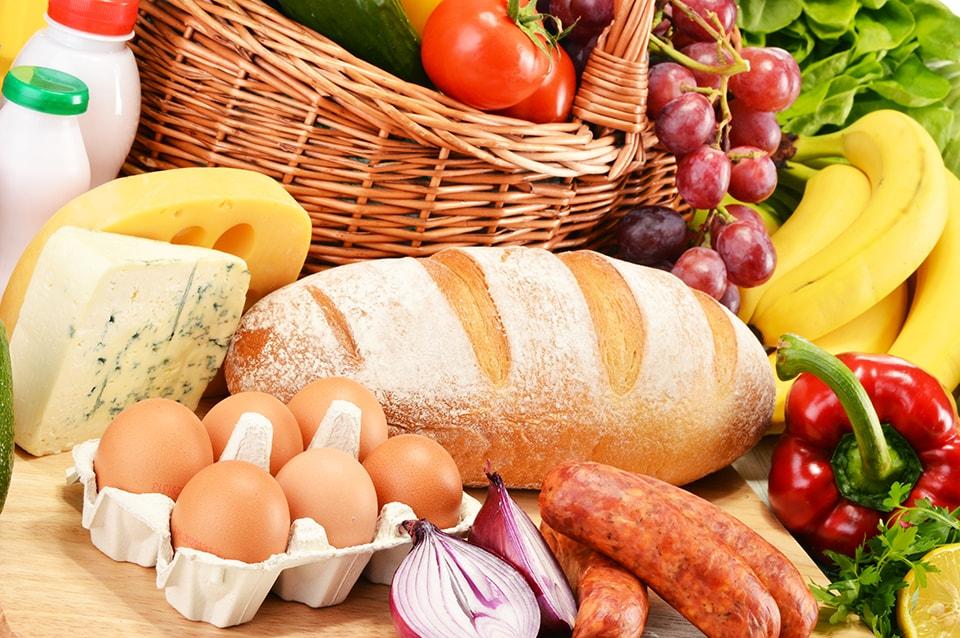 Photo of Более 60% всех трат на еду у россиян приходится на хлеб и мясомолочную продукцию