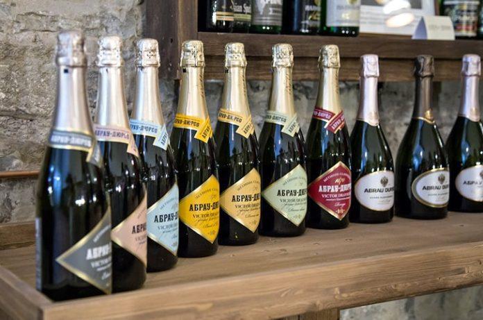 Кубань увеличила выпуск шампанского на 20%