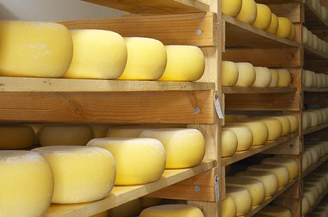 Литовские производители молочной продукции опасаются сокращения поставок в Италию из-за коронавируса