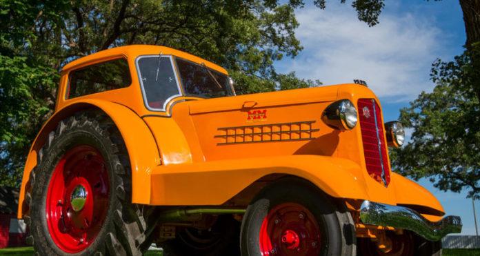 Minneapolis-Moline UDLX Comfortractor удивительный трактор для джентльмена