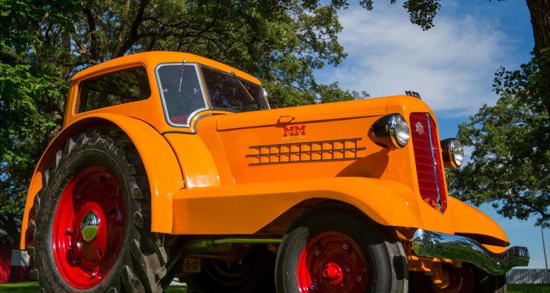 Photo of Minneapolis-Moline UDLX Comfortractor: удивительный трактор для джентльмена