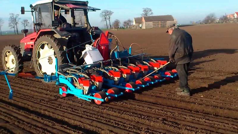 Сеялка Monosem MS для высева овощных культур с одновременной подачей в борозду сухих удобрений