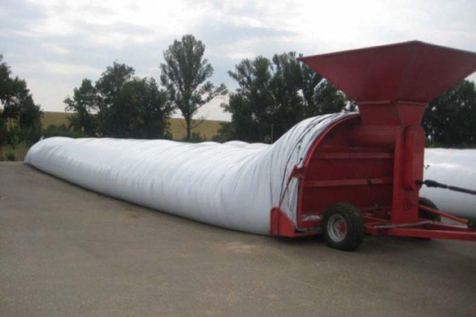 Рукав полиэтилен 250-260мк Hyplast для хранения кормов и зерновых