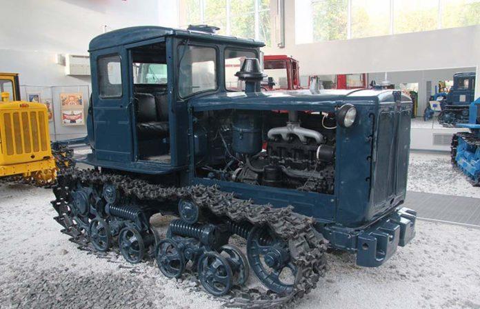 Трактор Т74