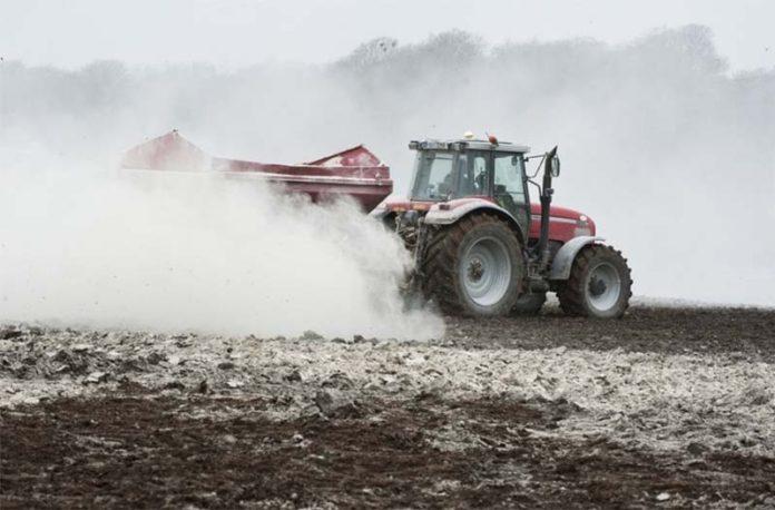 Минсельхоз призвал регионы ускорить реализацию мероприятий по известкованию кислых почв 1