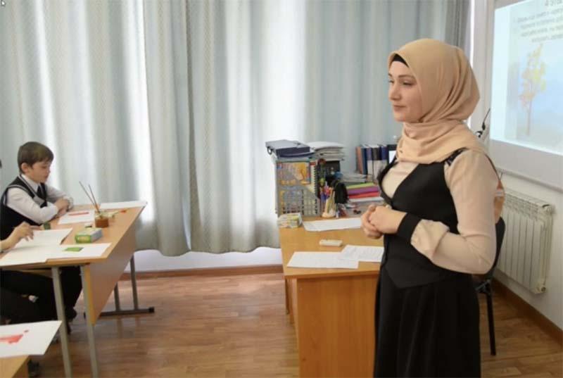 Чеченская прокуратура помогла сельским учителям получить свыше 2 млн рублей