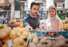 На Сахалине свежие овощи продают по завышенным ценам