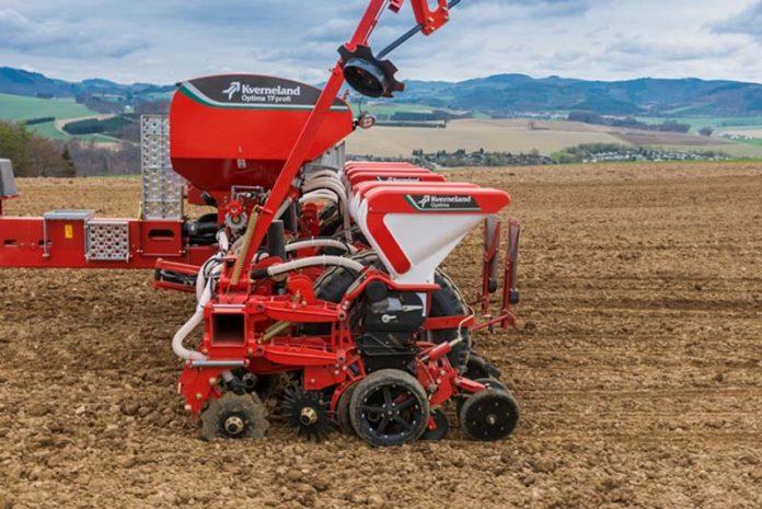 Kverneland расширяет возможности внесения СЗР вместе с посевом
