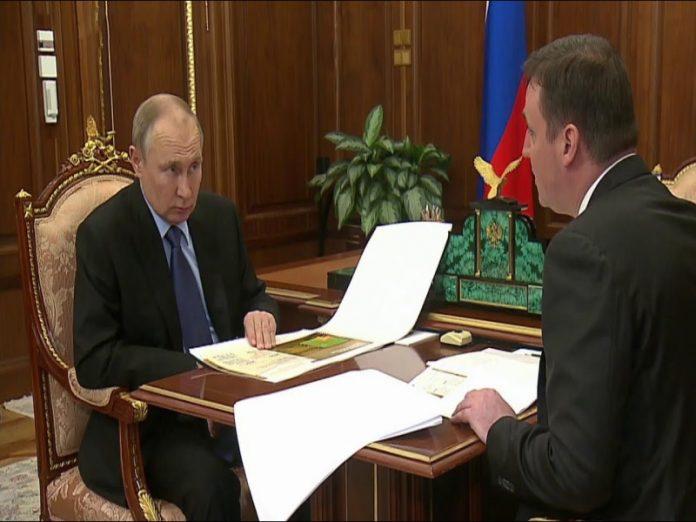 Путин: получение фермерами кредитов затрудняется избыточной бюрократией
