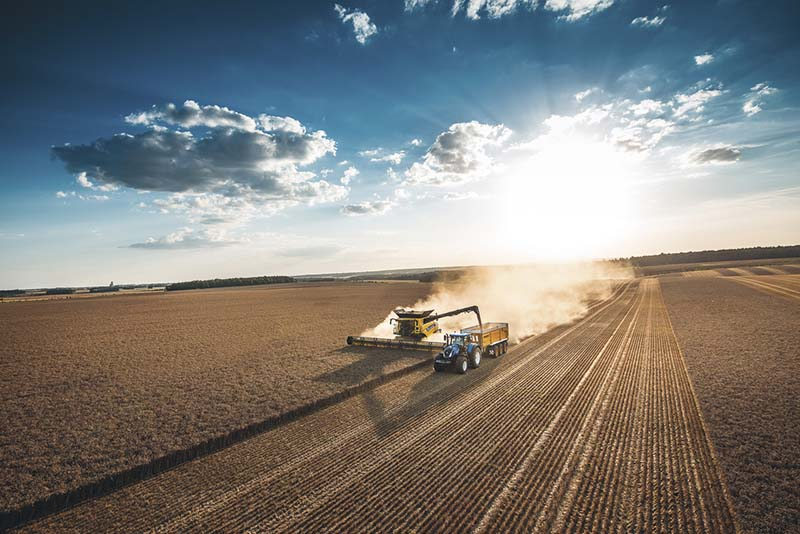 New Holland Agriculture завоевала три медали на конкурсах SIMA Innovation Awards и Edison Awards 2021 года