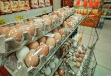 Торговые сети грозят повышением цен на курицу и яйца